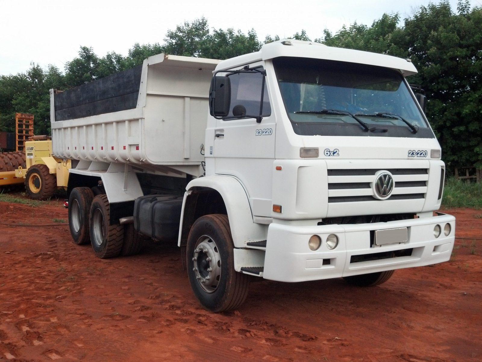 Caminhão  Caçamba 23226 – 6×2
